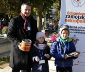 Marek Madej z córką Wiktorią i synem Oskarem